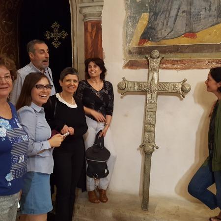 ביקור במנזר המצלבה